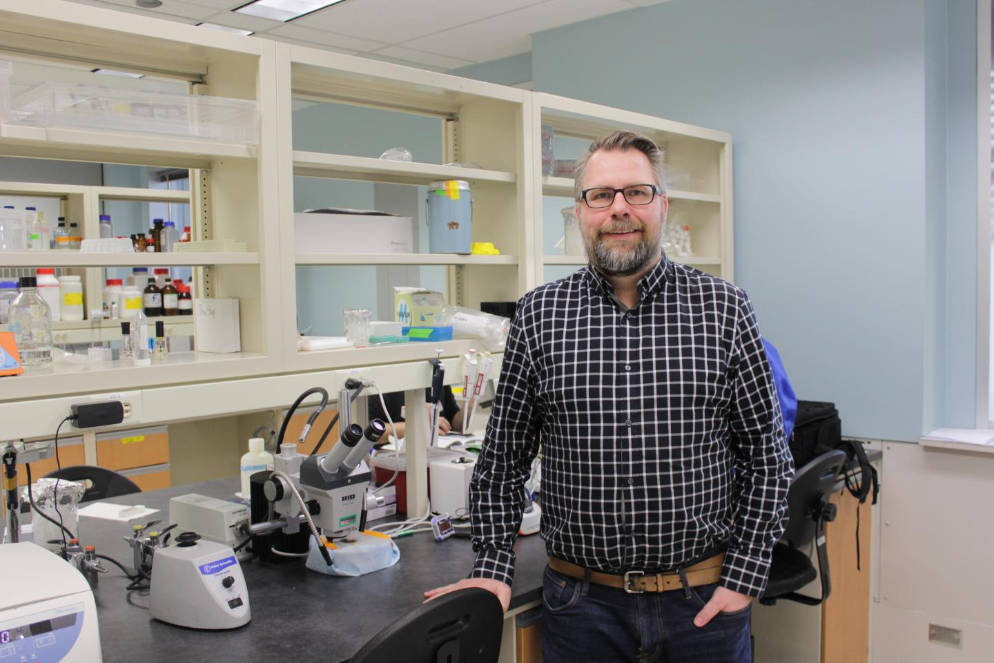 University of Alberta neuroscientist Jason Plemel, PhD, was part of a team of Canadian researchers who discovered that immune cells in the brain and spinal cord behave differently from blood immune cells in their response to nerve damage